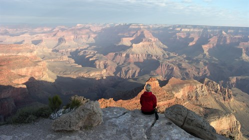 usa-grand-canyon-girl-view.jpg