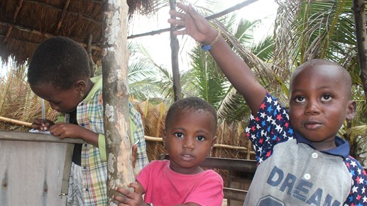Work with children in Africa with KILROY - become a volunteer
