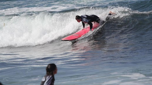 Surfing i San Diego - surfcamp i USA - surfskole i USA